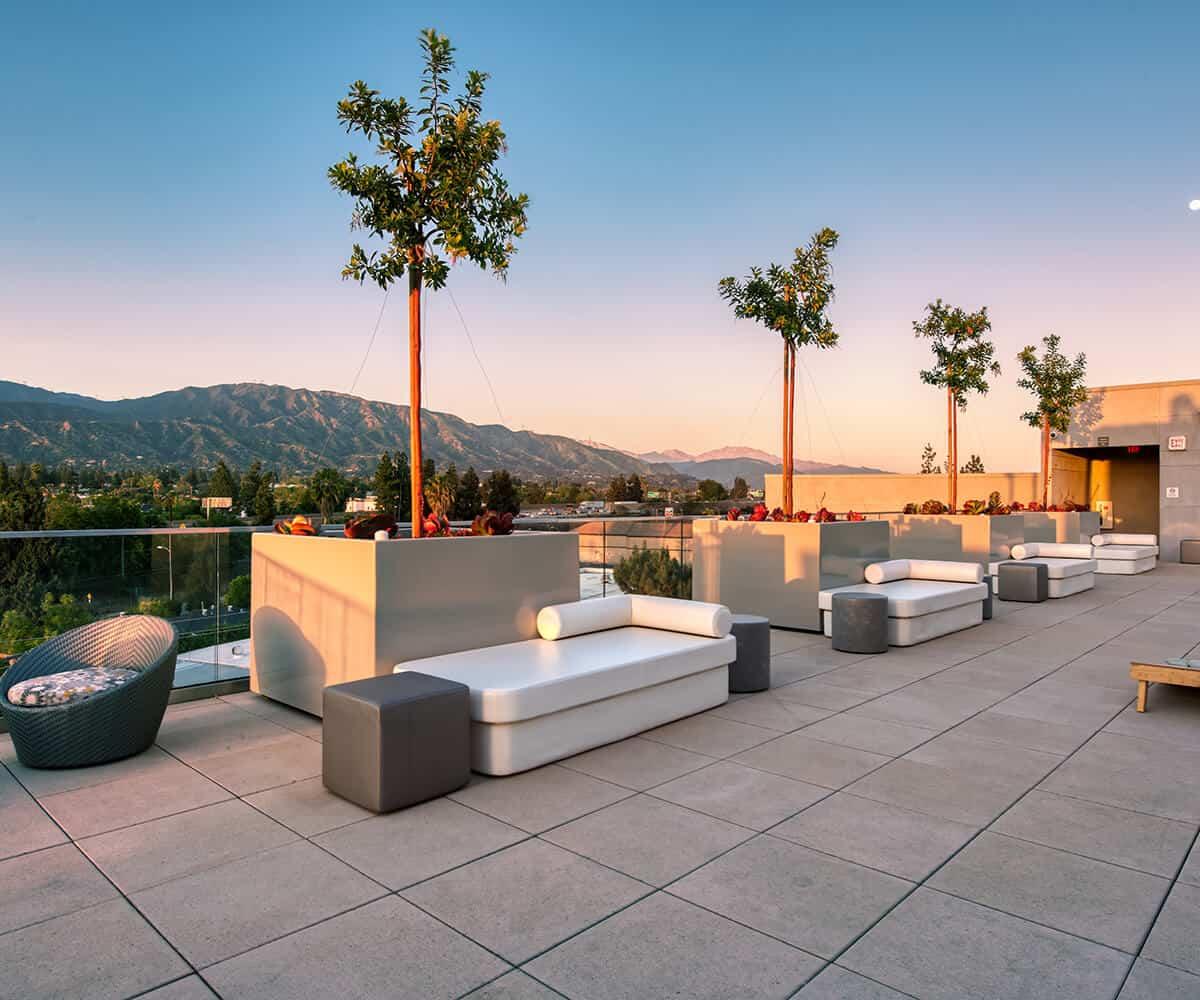 Rooftop Lounge MODA Luxury Apartments in Monrovia, California