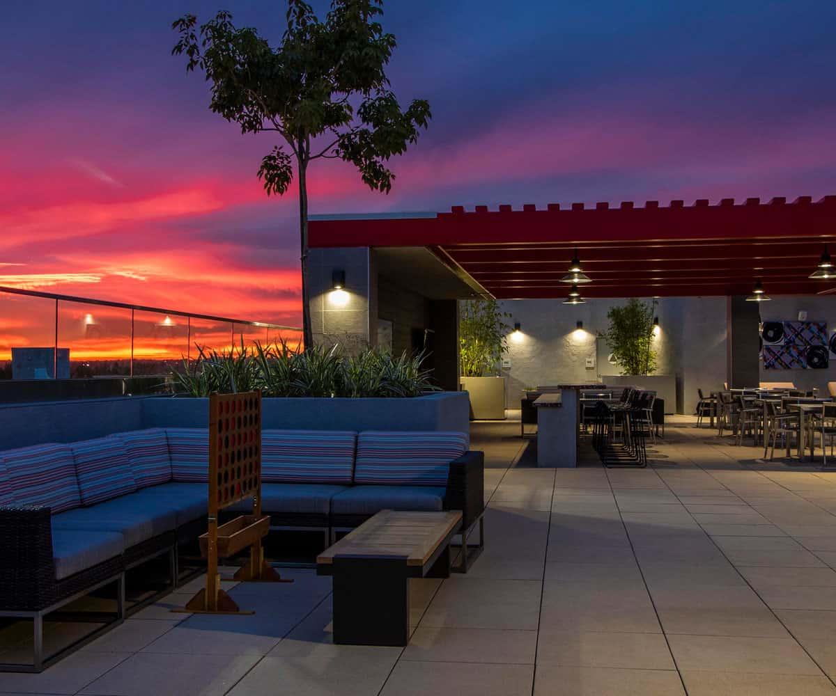Moda Monrovia Rooftop Lounge in Monrovia California